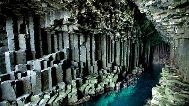 Fingal's Cave (Scotland)