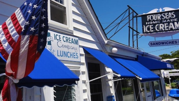 Four Seas Ice Cream (Cape Cod)