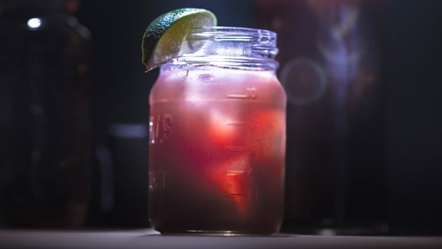 Best Moonshine Cocktails for Mason Jar Sophisticates