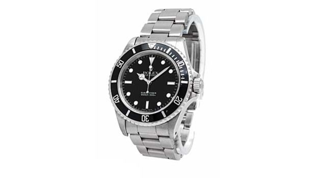 Embrace the Diver's Watch: Rolex Submariner 14060