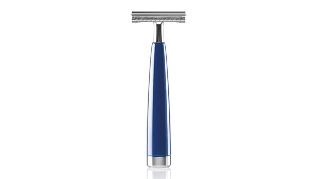 Double-edge safety razor.