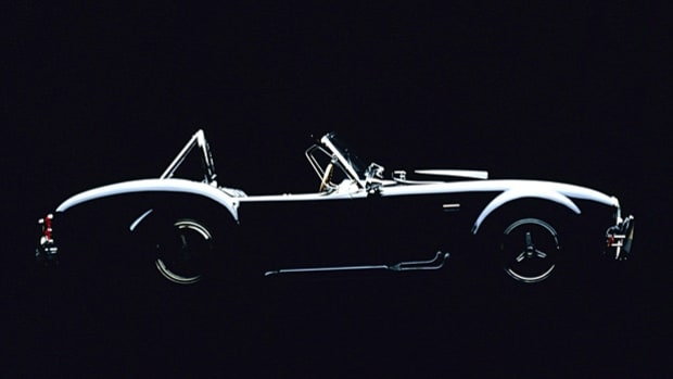 9 Vintage Cars for Serious Drivers