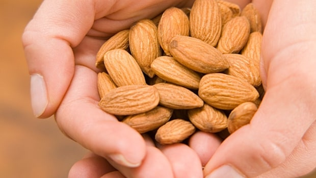 Rules for snacking on nuts