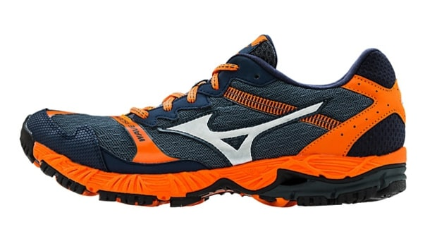 Mizuno Wave Ascend 8