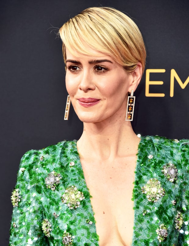 Sarah Paulson's Metallic Eyes