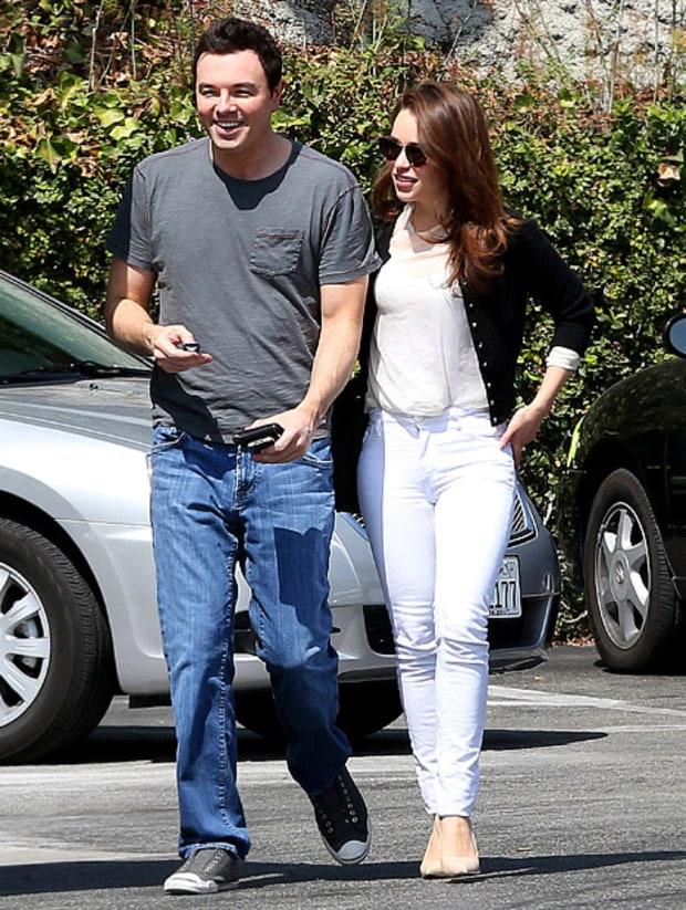 Seth Macfarlane Girlfriend Emilia Clarke seth mcfarlane dating game of ...