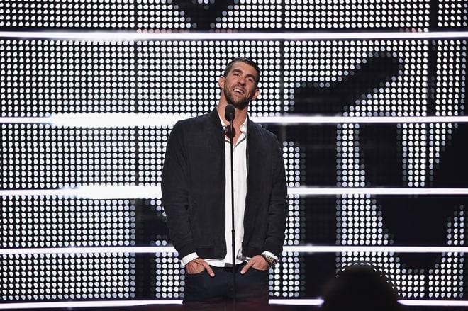 MTV VMA 2016: 20 Best and Worst Moments mtv vma 2016 MTV VMA 2016: 20 Best and Worst Moments phelps performing vmas 2016 2edb0f4c 87d9 4d2f b5b5 ee025c6a5fbb