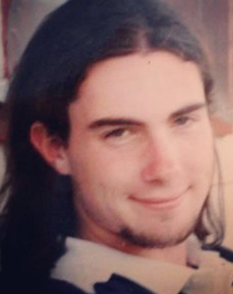 Adam Levine Looks Amazingly Nerdy In Throwback 1996 Photo