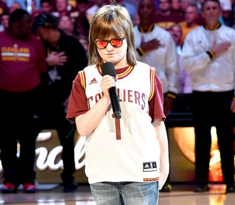 Blind Teen Marlana VanHoose Sings National Anthem at NBA ...