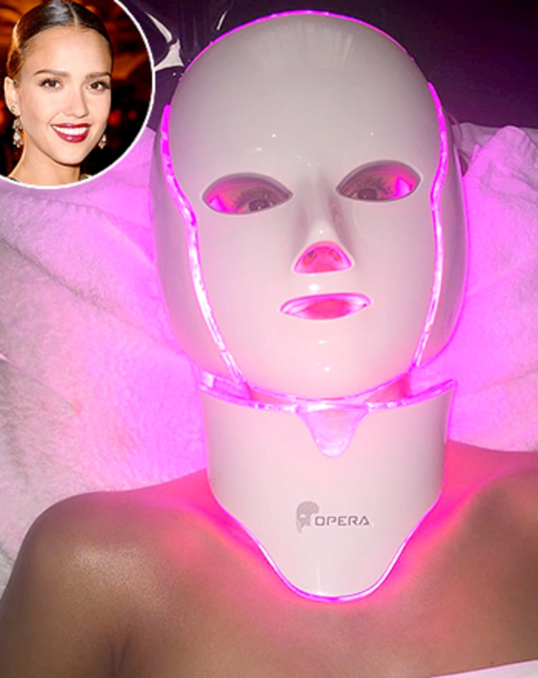 Jessica Alba's Freaky Light Therapy Treatment: What's ...