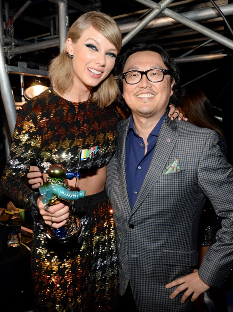 Taylor Swift and Joseph Kahn