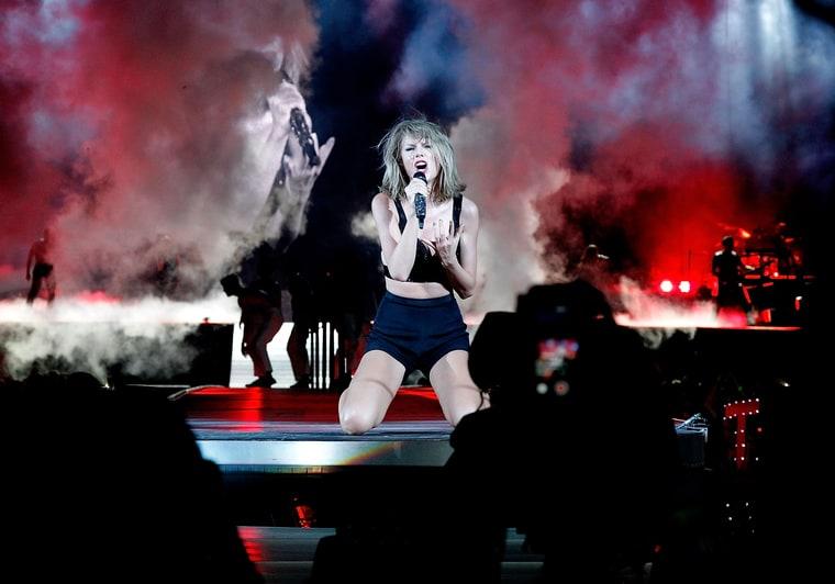 Taylor Swift Nationals Stadium Tour