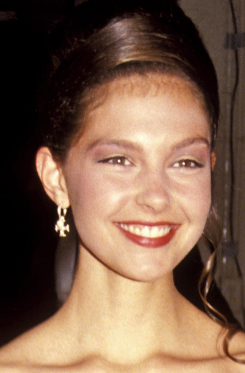 April 25 1991 Ashley Judd S Face Through The Years Us
