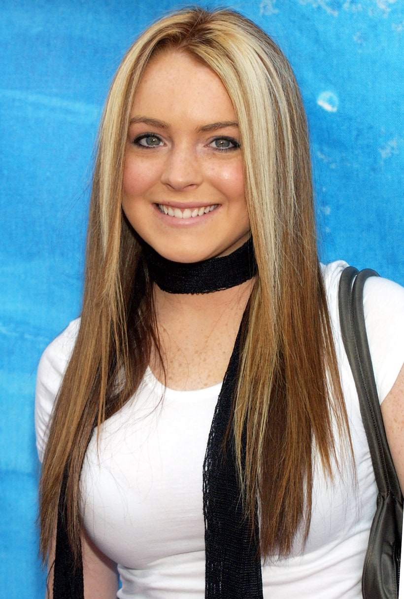 Bold Blonde Streaks Lindsay Lohan S Hair Evolution Us