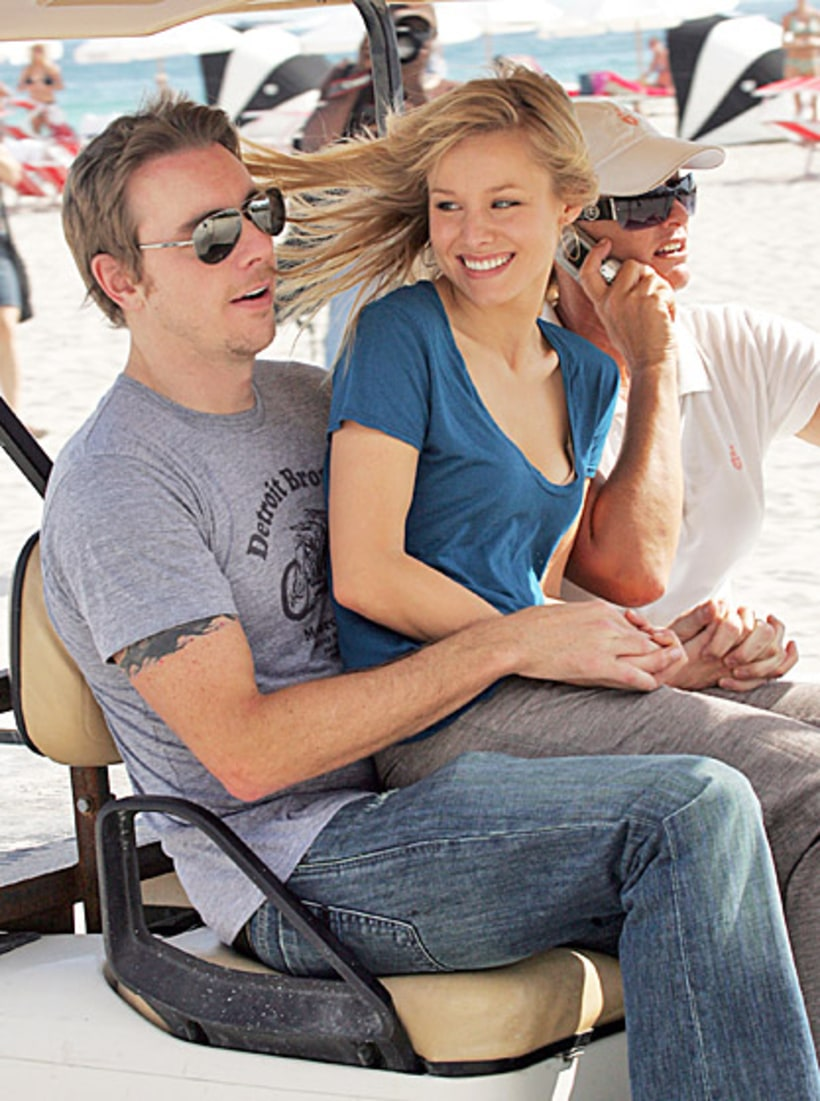 January 1 2008 kristen bell and dax shepard 39 s fun for Dax shepard and kristen bell wedding