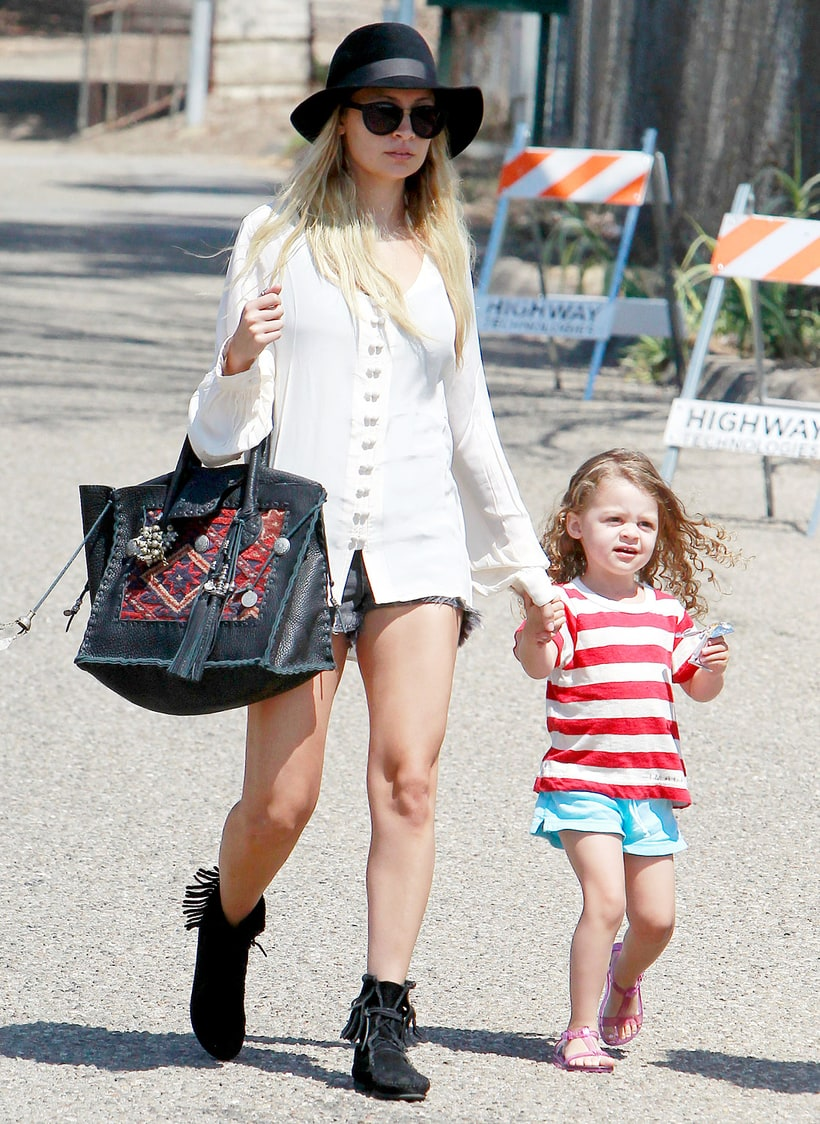 Celebrity Bohemian, Celebrity Bohemian Suppliers and ...