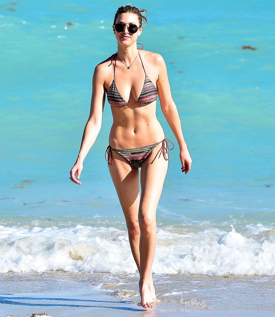 Whitney Port Body whitney port bares bikini body , abs in miami ...