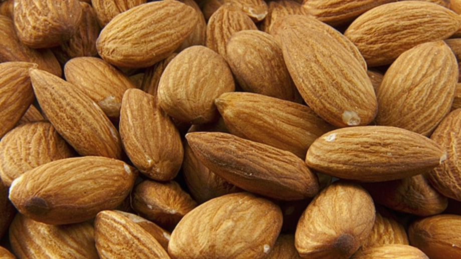 Blue Diamond Whole Natural Almonds (1.5-oz pack)