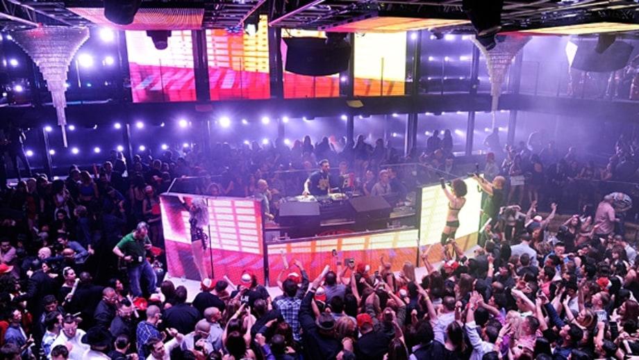 haze nightclub the 39 pawn stars 39 guide to las vegas men 39 s journal. Black Bedroom Furniture Sets. Home Design Ideas