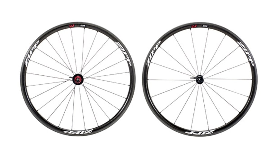 Wheels: Zipp 202 Firecrest Carbon Clincher