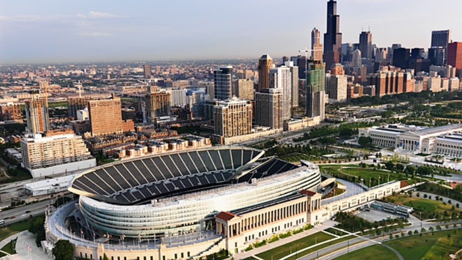 Chicago: Hockey City Classic at Soldier Field