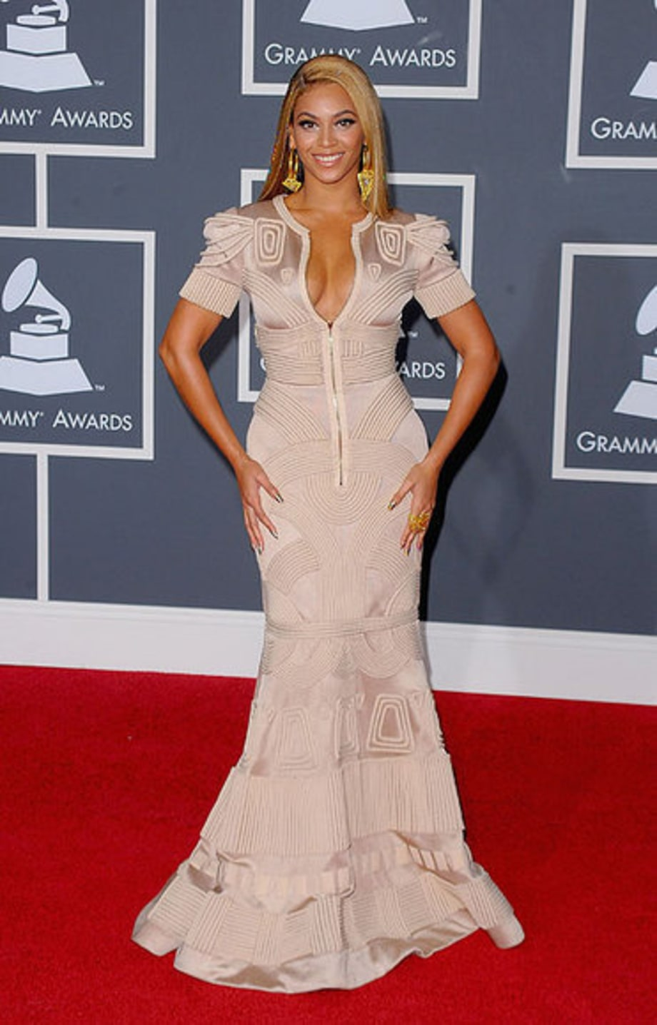 Grammy 2010 Arrivals: Beyonce