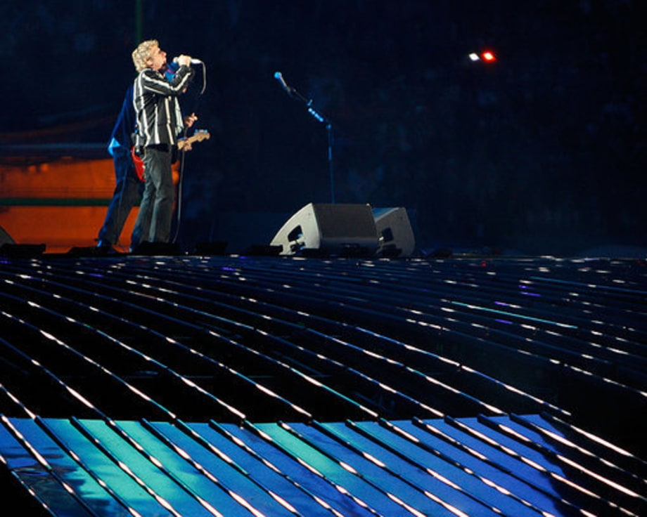Super Bowl 2010 The WHo: 4