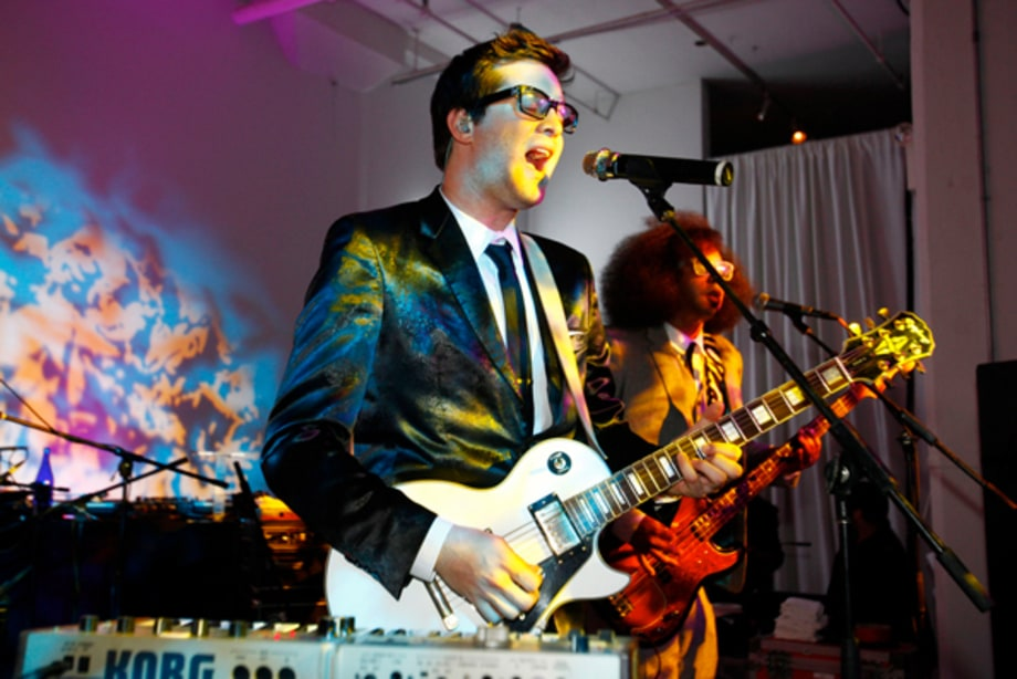 Mayer Hawthorne and ?uestlove