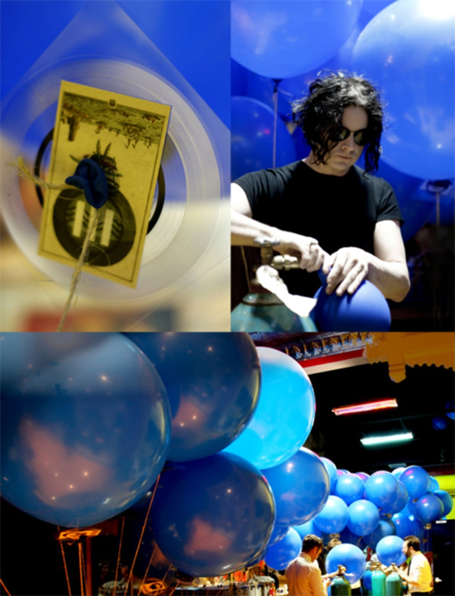 Experimental Release of Jack White's debut album, 'Blunderbuss'