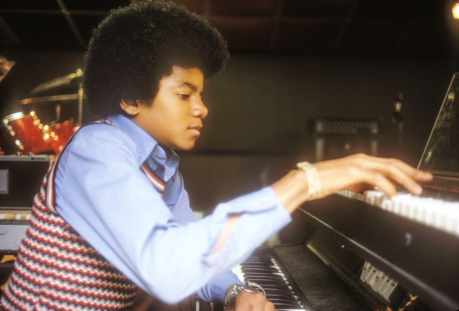 Piano Boy Michael Jackson Intimate Photos From The King