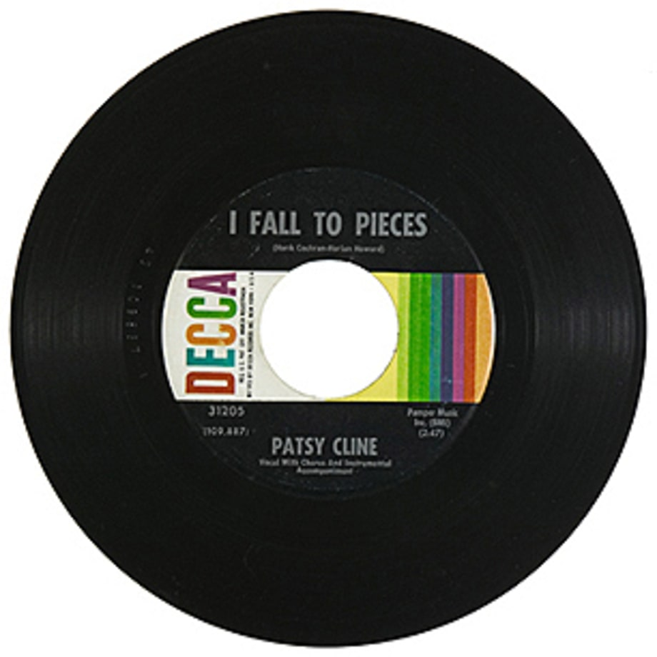 Patsy Cline, 'I Fall to Pieces'