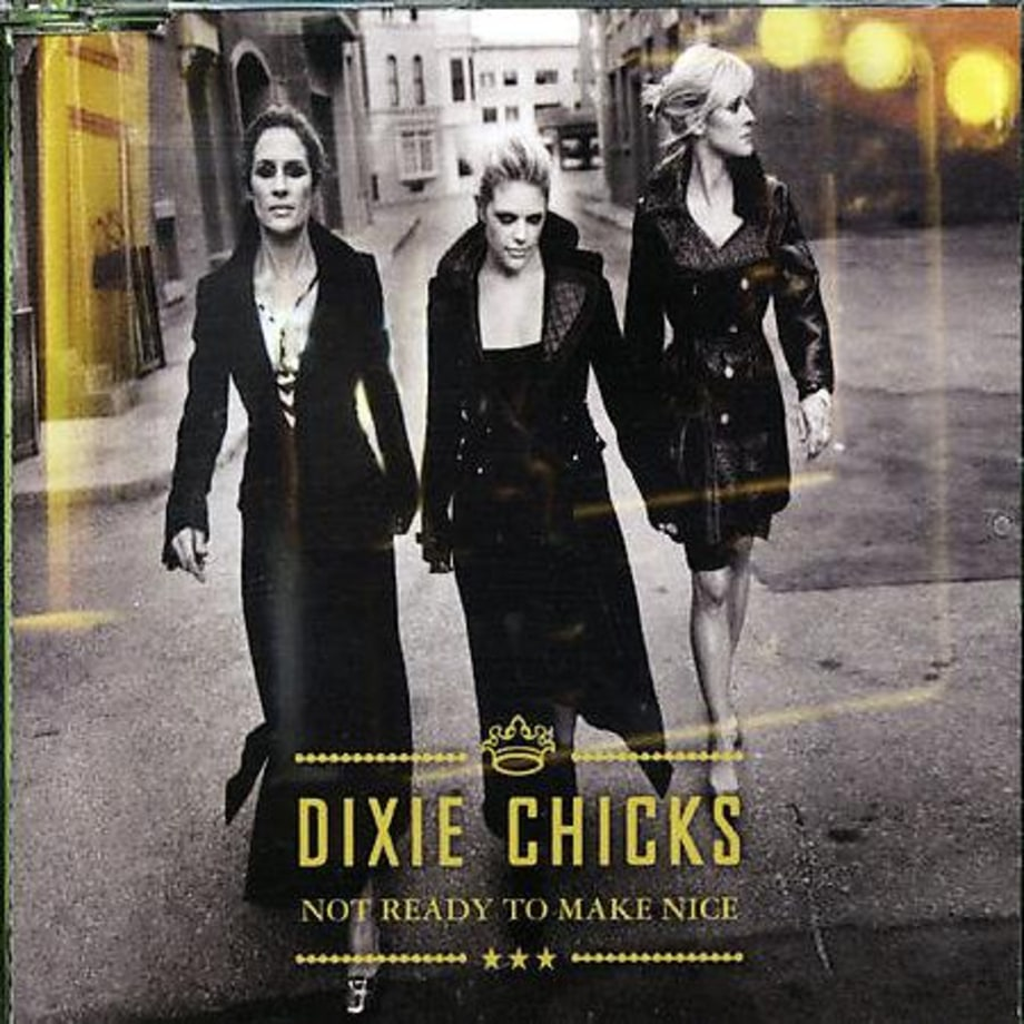 Dixie chicks not ready to make nice live