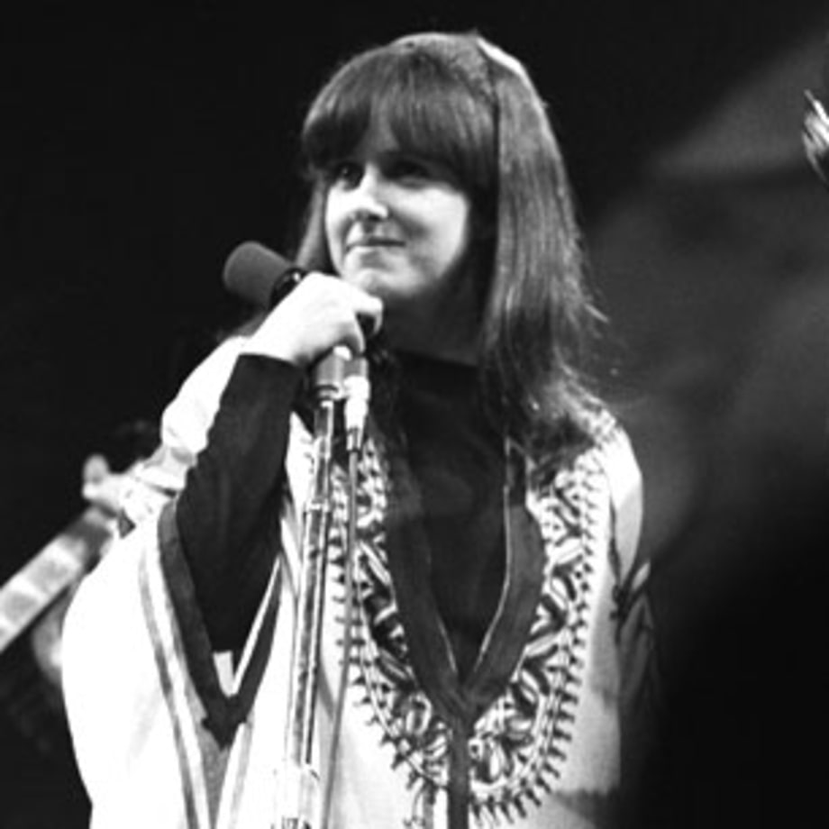 1966 Grace Slick joins Jefferson Airplane