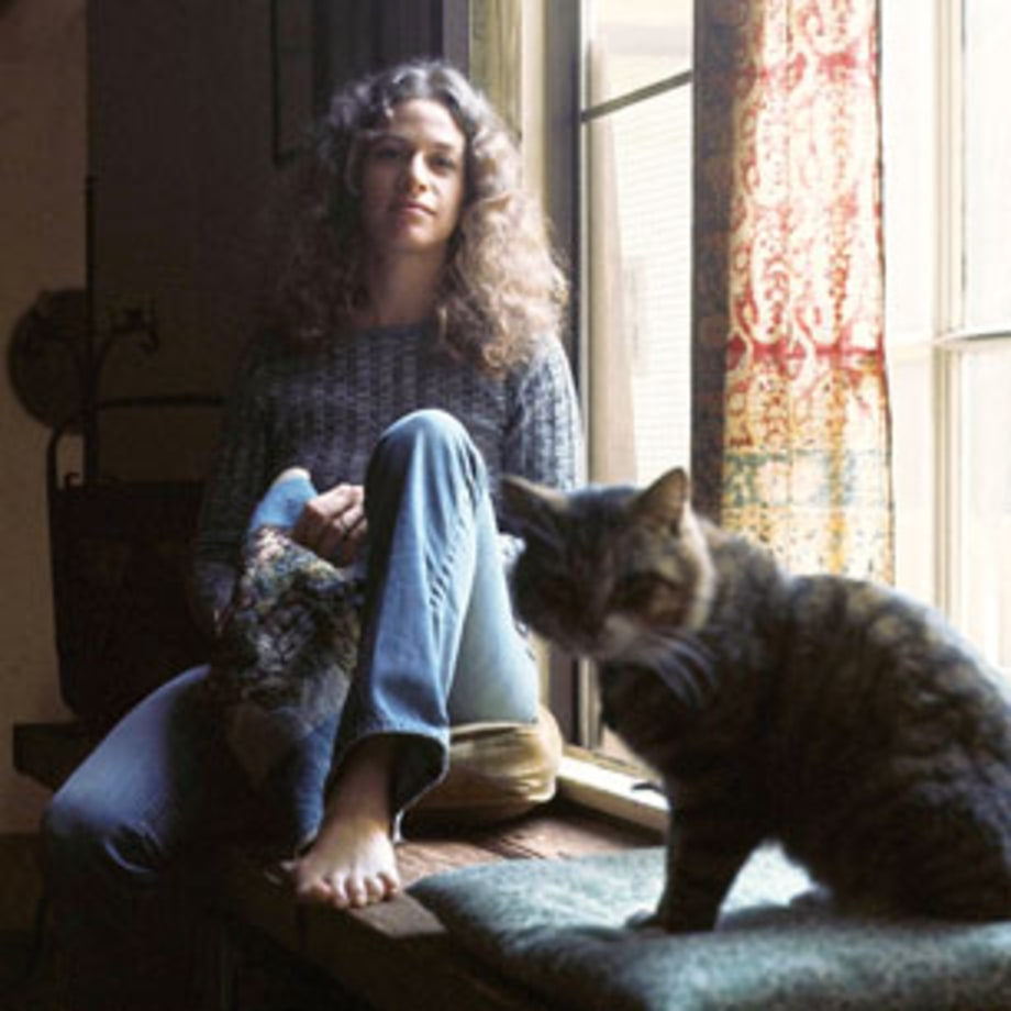 1971 Carole King's 'Tapestry' defines the singer-songwriter movement
