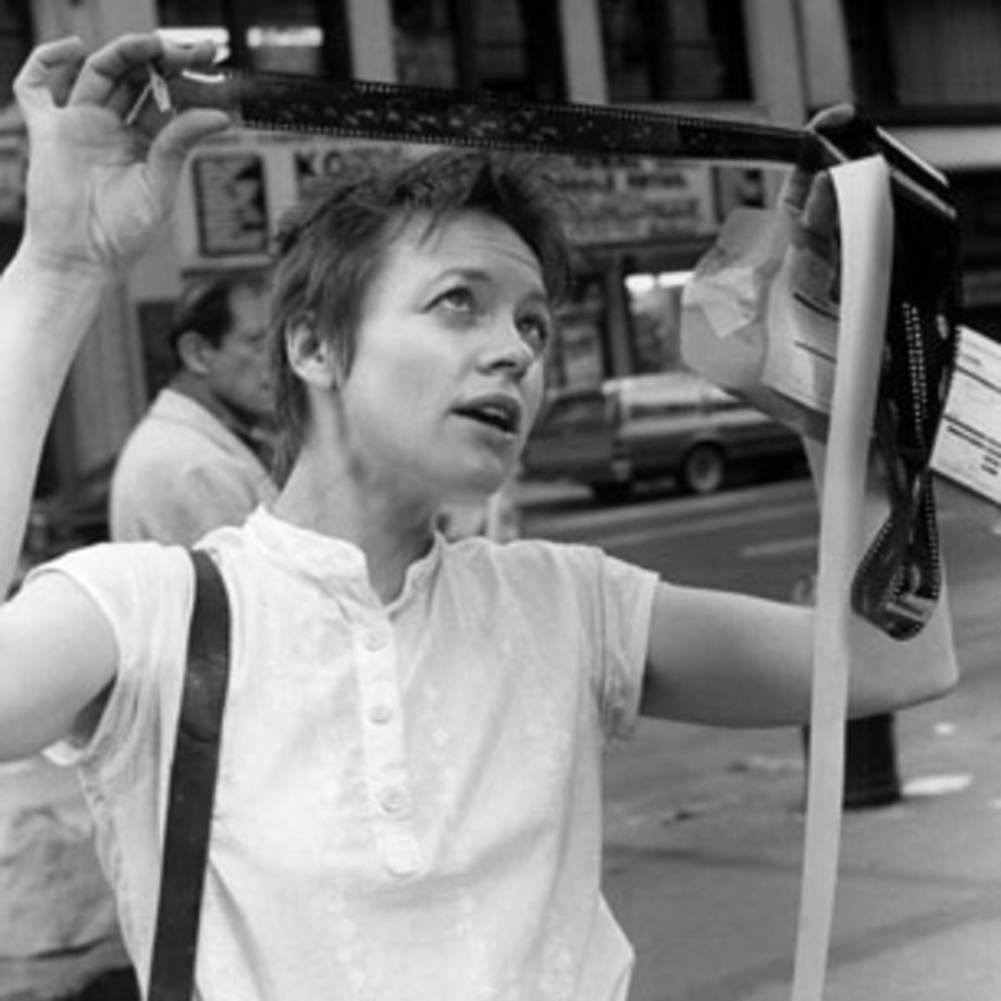 1979 Laurie Anderson first performs her art-rock theater piece 'United States'