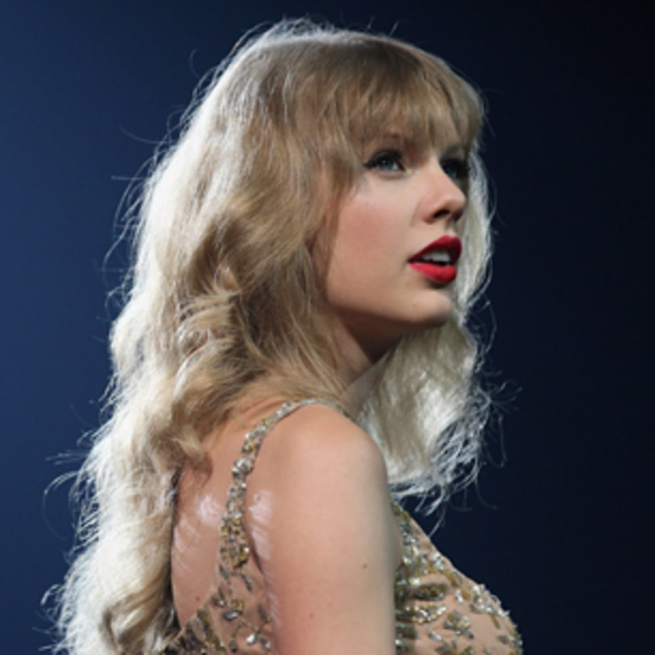 Taylor Swift, 'We Are Never Ever Getting Back Together'