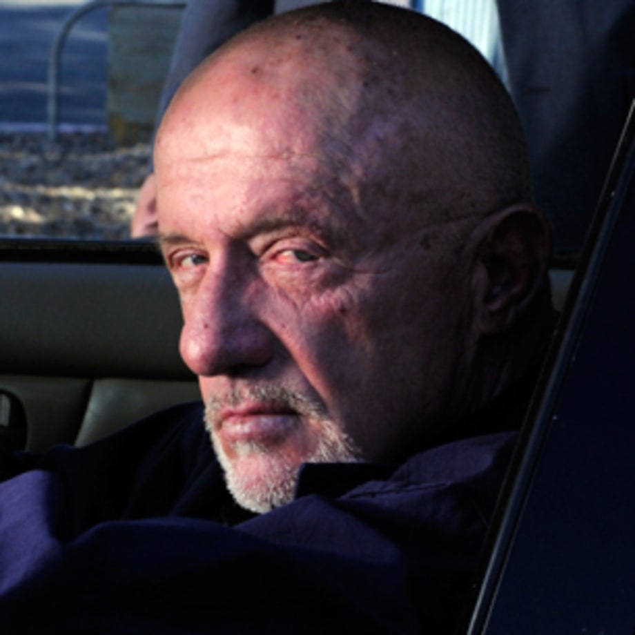 Walter White vs. Mike Ehrmantraut