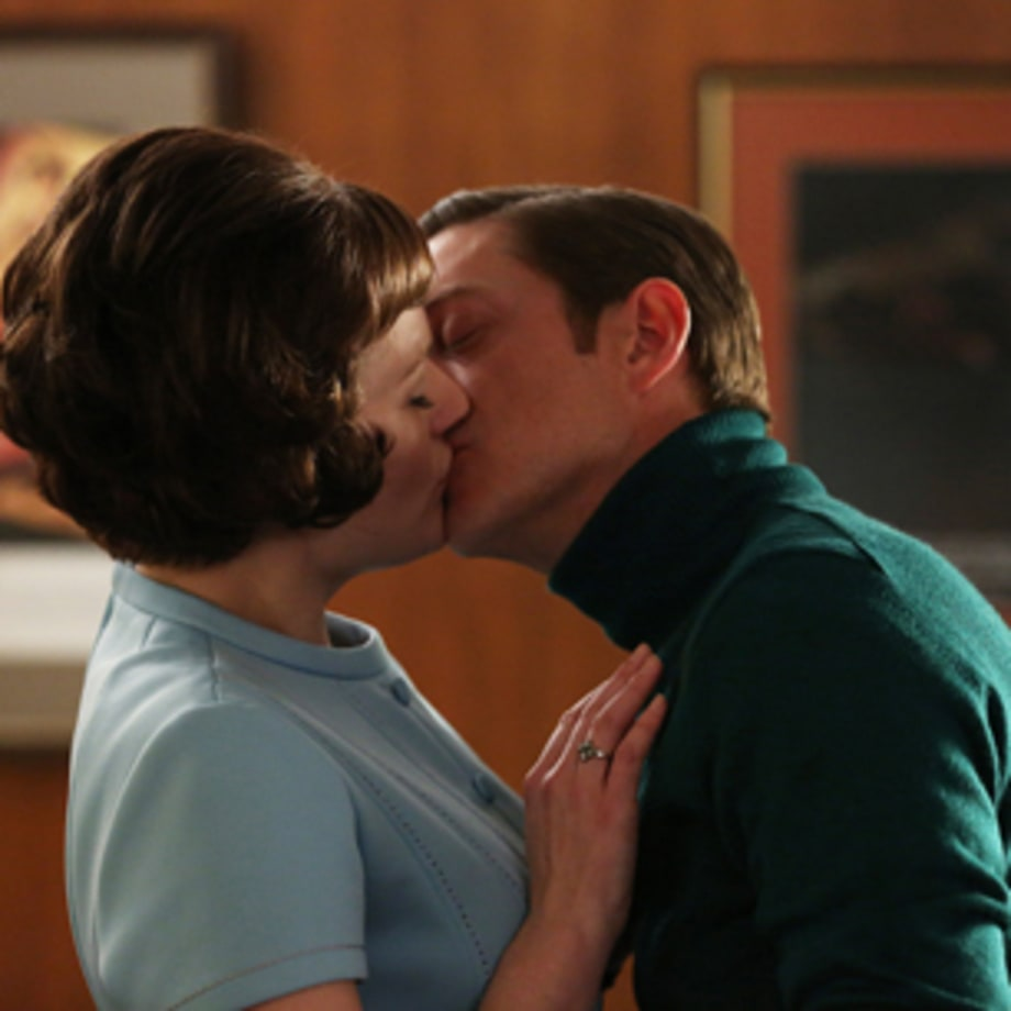 Ted Kisses Peggy