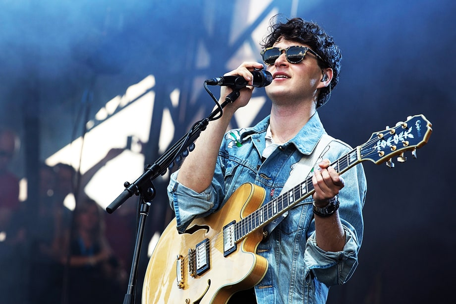"Vampire Weekend, ""Hannah Hunt"""