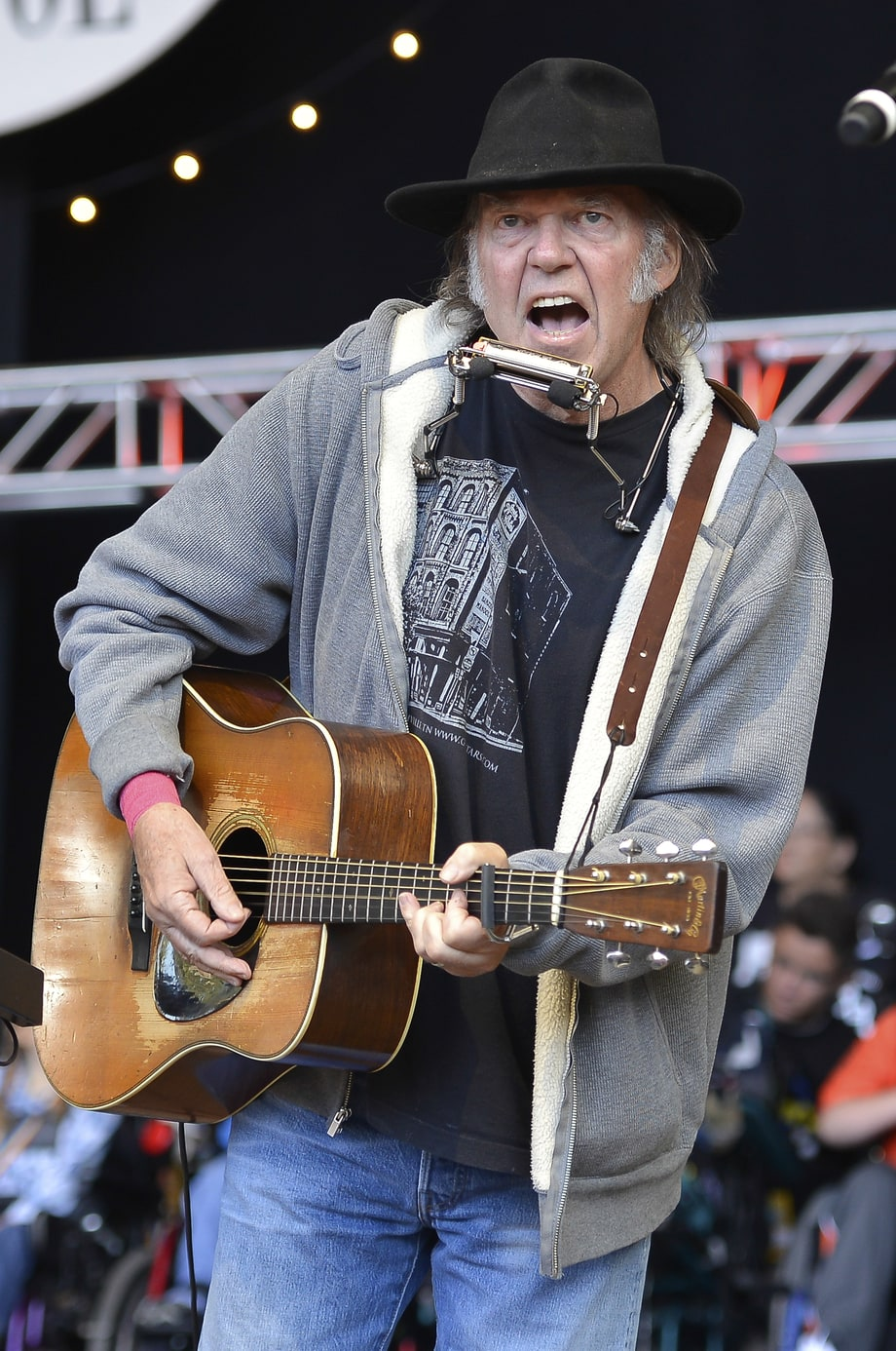 Neil Young Live Dates (January)