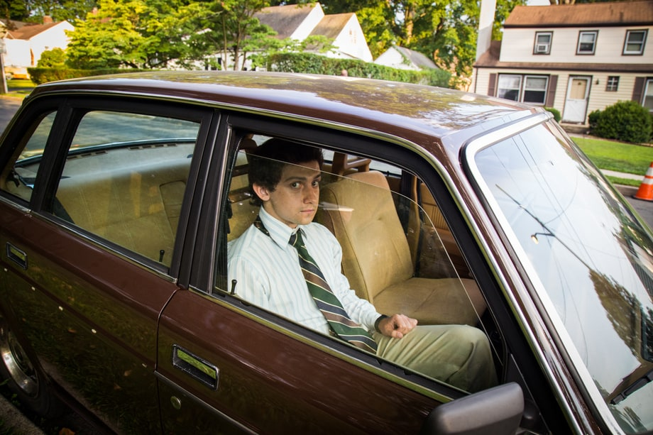 Craig Roberts takes a break on 'Red Oaks' set