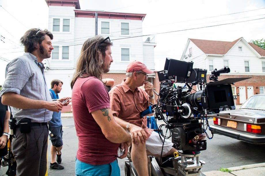 'Red Oaks' crew vets a scene before shooting