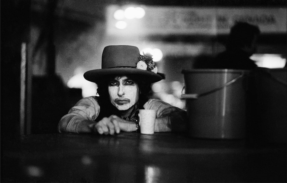 Relive Bob Dylan's Legendary Rolling Thunder Revue With Rare Photos