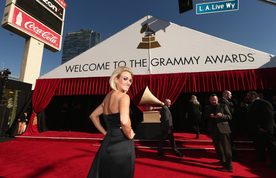 Grammys 2016: Photos From the Red Carpet