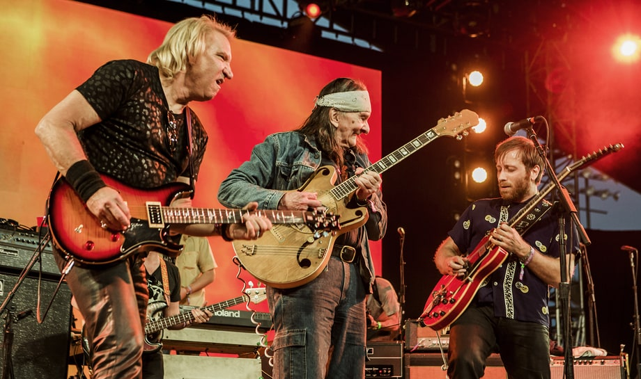 Best Guitar Jam: The Arcs with Joe Walsh and Glenn Schwartz