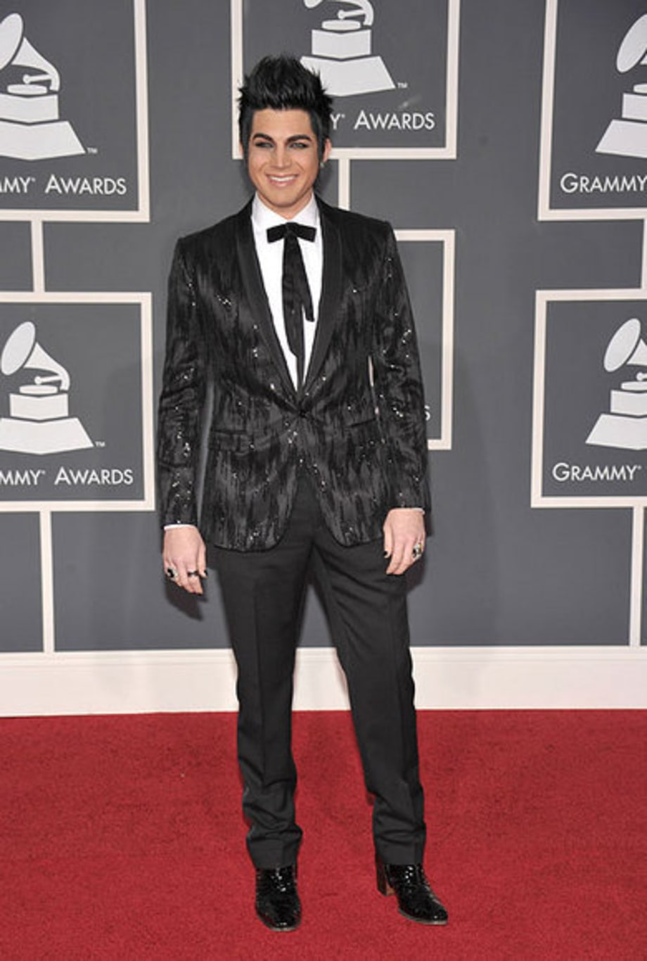 Grammy Fashion 2010: Stars Walk the Red Carpet on Music's Biggest Night