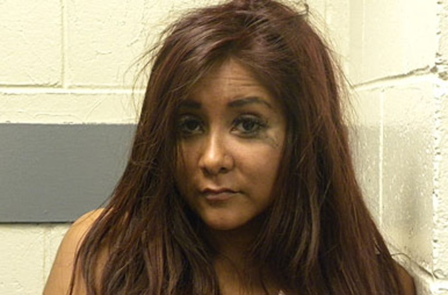 Snooki's Drunken Day at the Beach