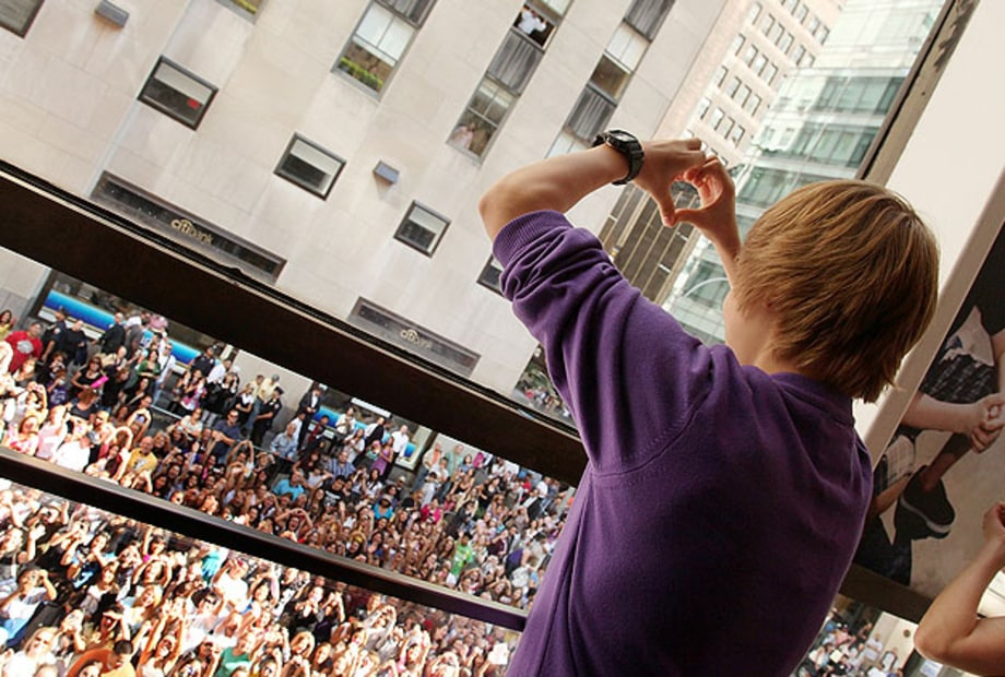 I'm a Belieber: The 11 Greatest Superfan Communities