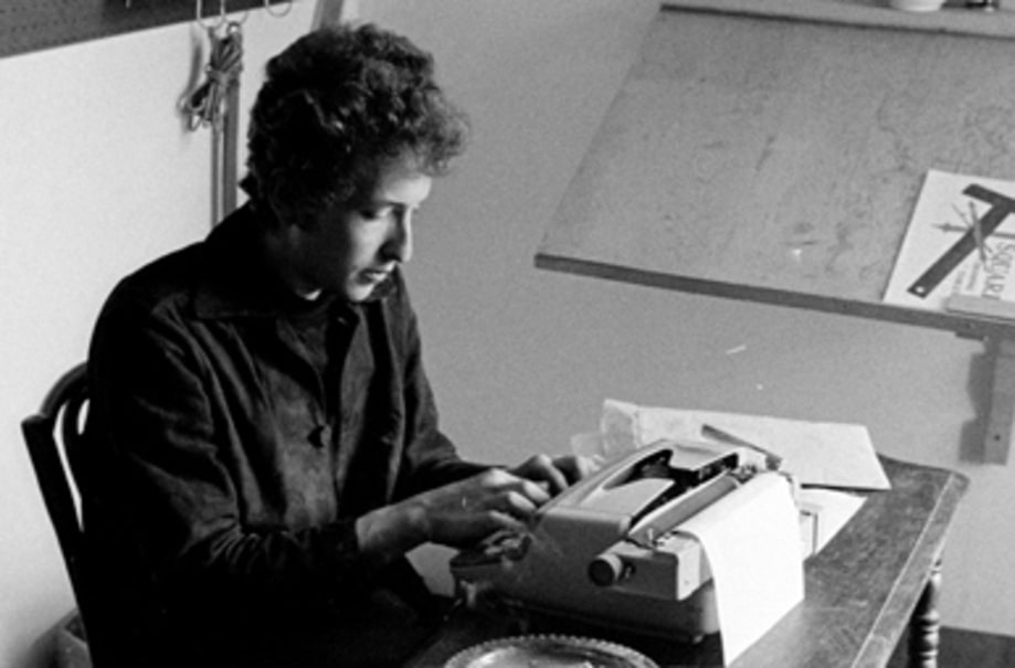 Photos: Bob Dylan Captured at Home and on the Scene