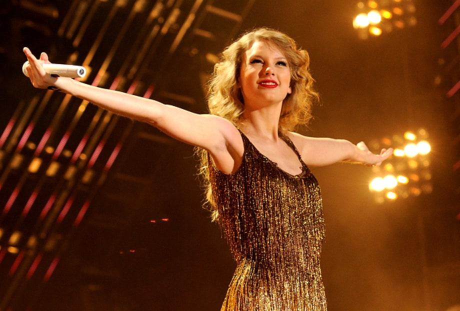 Videos: Taylor Swift's Coast-to-Coast Cover Songs
